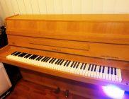 HUPFELD Pianino (110 cm)